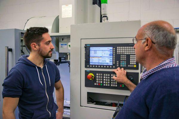 MKB Engineering - Siemens control on their XYZ 710 VMC