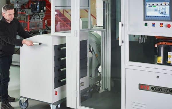 Robo-Tend lock into position